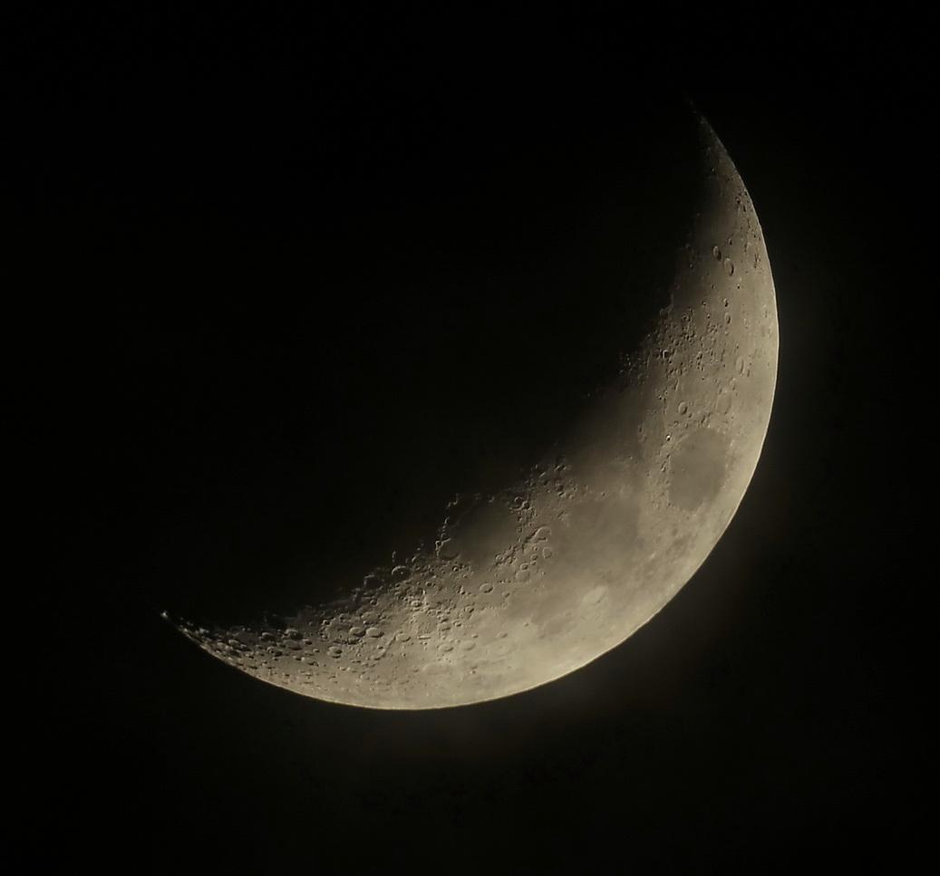 moon26_12-14_1