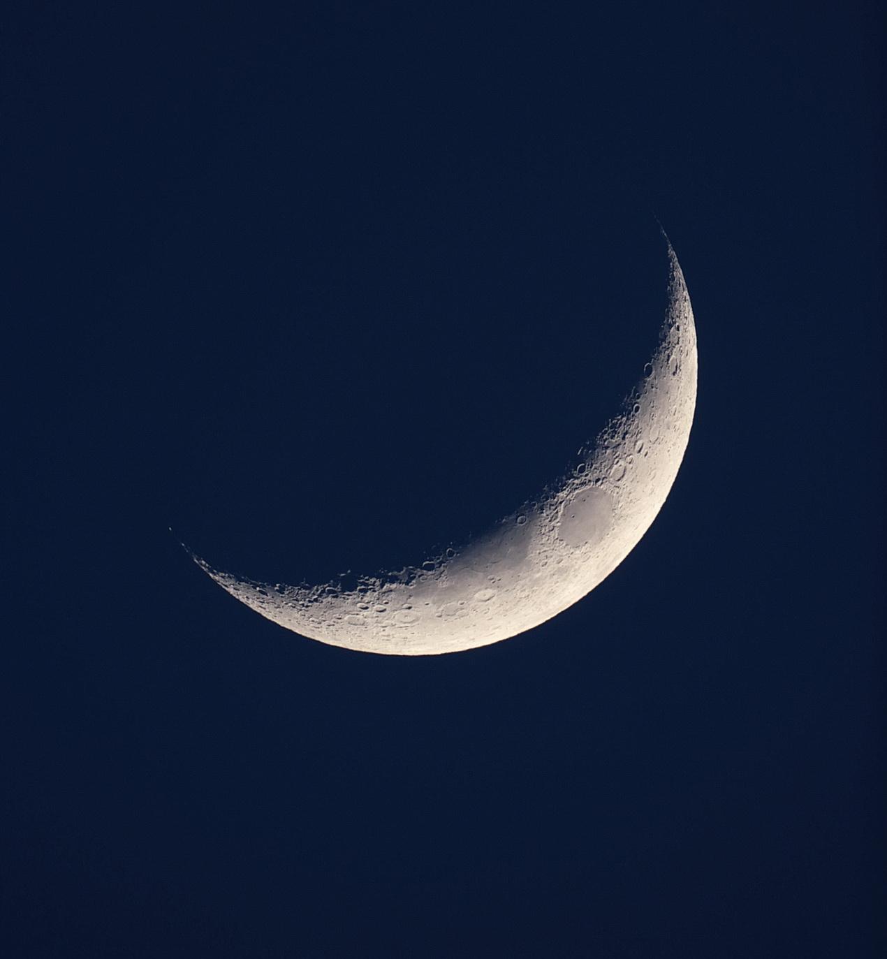 moon_22_02-15_1r